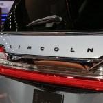 2018 Lincoln Navigator rear badge 1