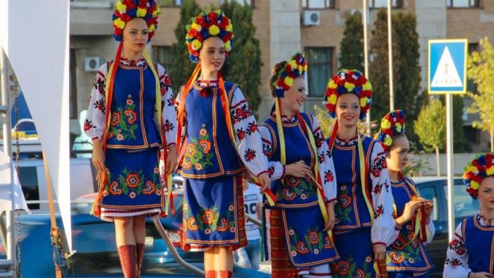 Recensământ 2014: La Nisporeni trăiesc doar 0,3% ruși, iar la Taraclia și Ocnița trăiesc cei mai puțini români. Cum sunt repartizate etniile pe teritoriul Moldovei