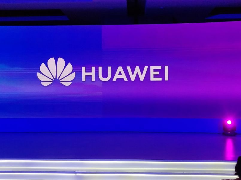 Huawei slider smartphone with dual front cameras reportedly in the works