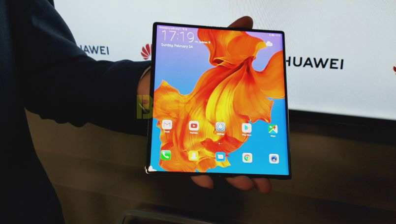 Huawei Mate X First Impressions: Meet the future of thin flexible display smartphone with 5G