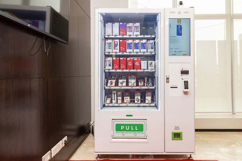 Xiaomi unveils Mi Express Kiosks: A vending-machine retail model to sell smartphones in India