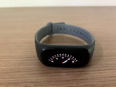OnePlus Band vs Xiaomi Mi Smart Band 5: Which one to buy?