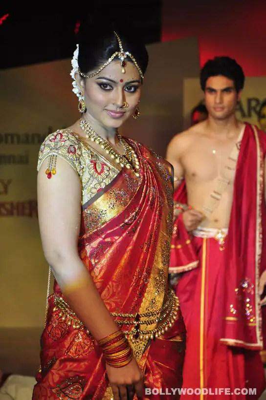 Sneha Chooses Career Over Marriage To Prasanna