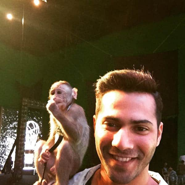 Varun Dhawan Trying To Be Ross Geller From FRIENDS