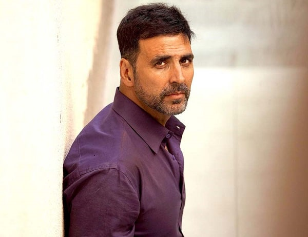 Akshay Kumar Offers Help To Ailing Producer Of His First