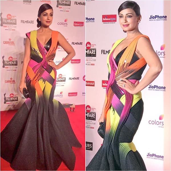 Image result for sonali bendre filmfare awards 2018