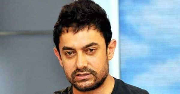 Aamir Khan gets brutally trolled for playing cricket with Aram Nagar kids without a mask
