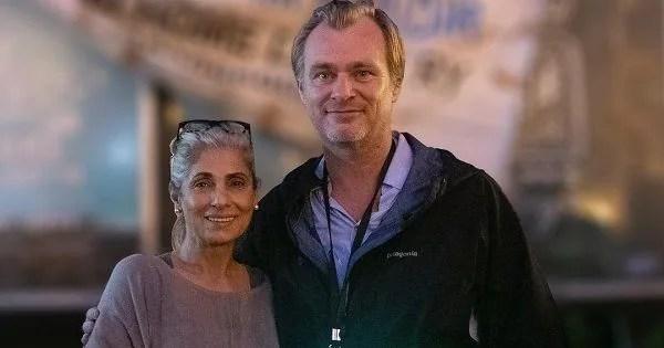 Proud son-in-law Akshay Kumar posts a handwritten note of Tenet director Christopher Nolan for Dimple Kapadia