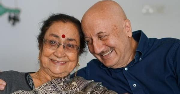 Anupam Kher opens up on his mother Dulari's struggle; says, 'Mom had to sell her jewellery to put us into good schools'