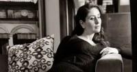 'I am waiting,' Kareena Kapoor Khan shares a cryptic monochrome picture; leaves Amrita and Malaika Arora gushing