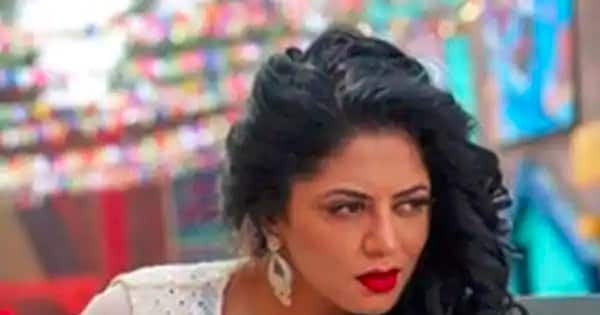 Trending Entertainment News Today — Kavita Kaushik REVEALS whether she paid the Rs 2 crore fine for quitting the show; Janhvi Kapoor belly dances on a Kareena Kapoor song