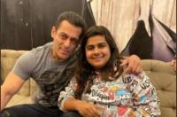 Salman Khan shares a pic with late Pista Dhakad of Endemol Shine India, mourns her demise