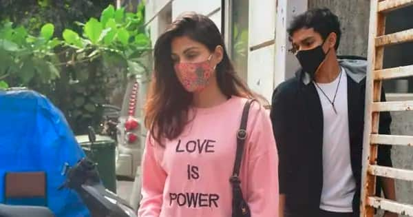 'Please don't follow us,' Rhea Chakraborty asks paps not to follow her and brother Showik – watch video