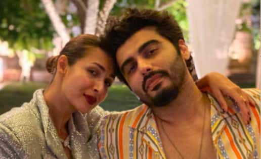 Malaika Arora-Arjun Kapoor are Kareena Kapoor Khan's 'favourites' — view pic