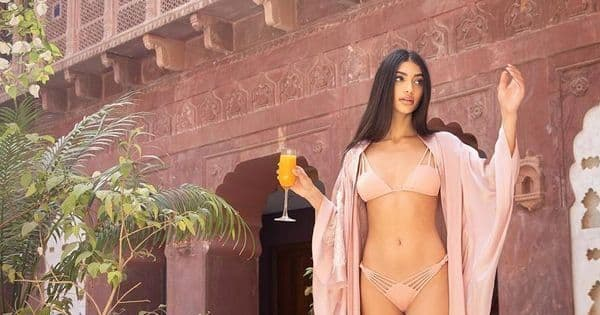 Ananya Panday's cousin, Alanna Panday, posts a cheesy bikini pic with her boyfriend