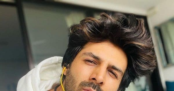 After his exit from Karan Johar's Dostana 2 and Shah Rukh Khan's Goodbye Freddie, Kartik Aaryan says, 'I'm a fan of my fans'