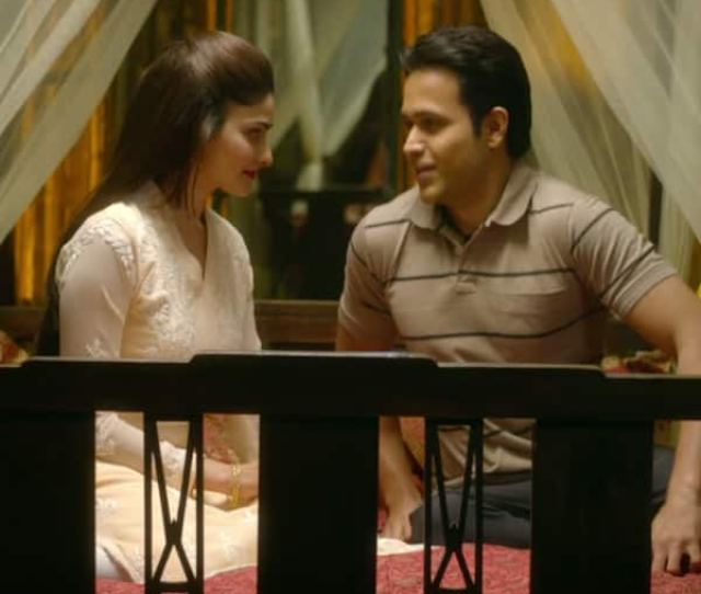 Emraan Hashmi And Prachi Desai In New Song Itni Si Baat Hai From Azhar
