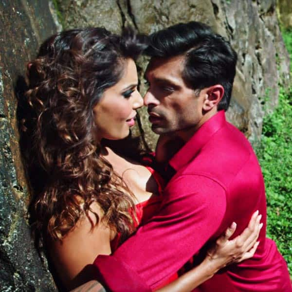 Karan Singh Grover And Bipasha Basus Hot Scene From Alone Movie