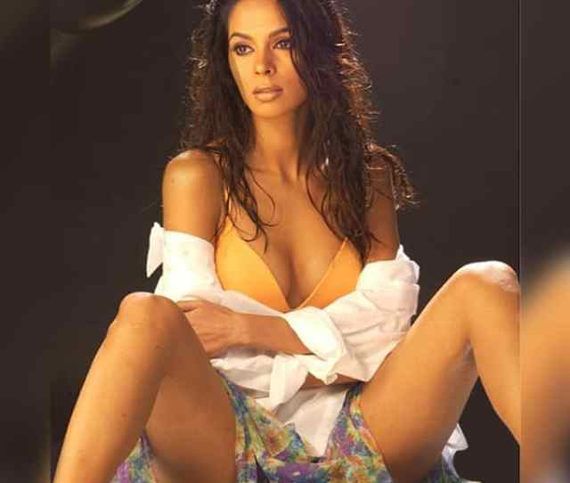 Mallika Sherawat In This Picture Deserves All The Attention