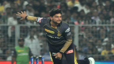 Kuldeep Yadav Breaks Down After Conceding 27 Runs to Moeen Ali in 16th Over of RCB vs KKR, IPL 2019 Match | LatestLY