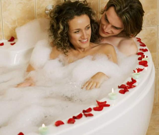 Have Sex In Hot Water Bathing Tub Or Hot Shower During Winters