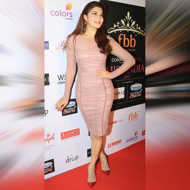 Jacqueline Fernandez wears pink on the red carpet for the unveiling of 30 Miss India State Winners