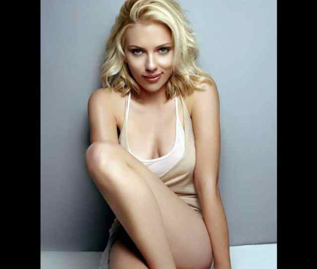 Scarlett Johansson Looks Hell Hot In This Picture