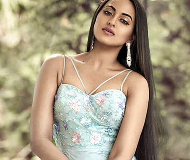 Sonakshi Sinha Posing Sultry For Bold Photo Shoot