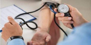 Hypertension: Eating These Foods Can Help Control High Blood Pressure