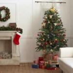 クリスマスツリーの飾り方のコツは?飾る順番やおしゃれな色とは?