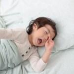 小学生の子供が朝起きないときの対処法!1人で起きれるようにするには?