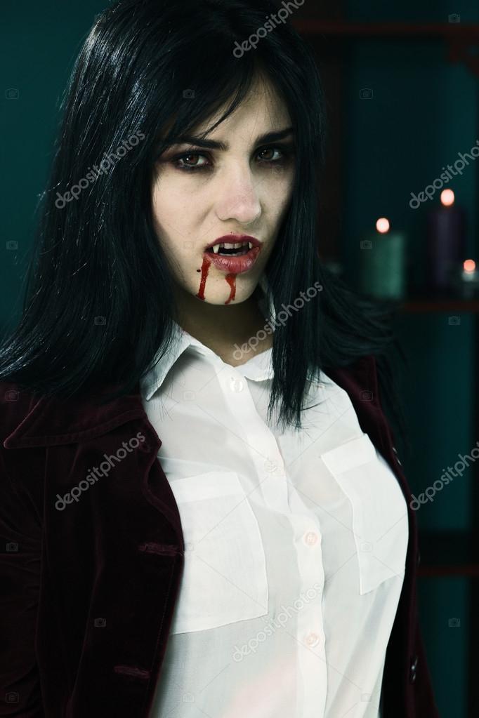 Very Scary Vampires Girl