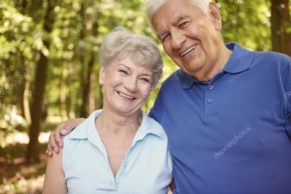 Where To Meet Seniors In Kansas