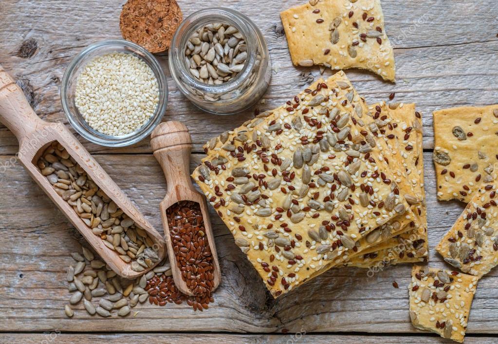 Risultati immagini per immagine biscotti alla crusca e semi di girasole