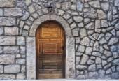 Tür — Stockfoto #77086081