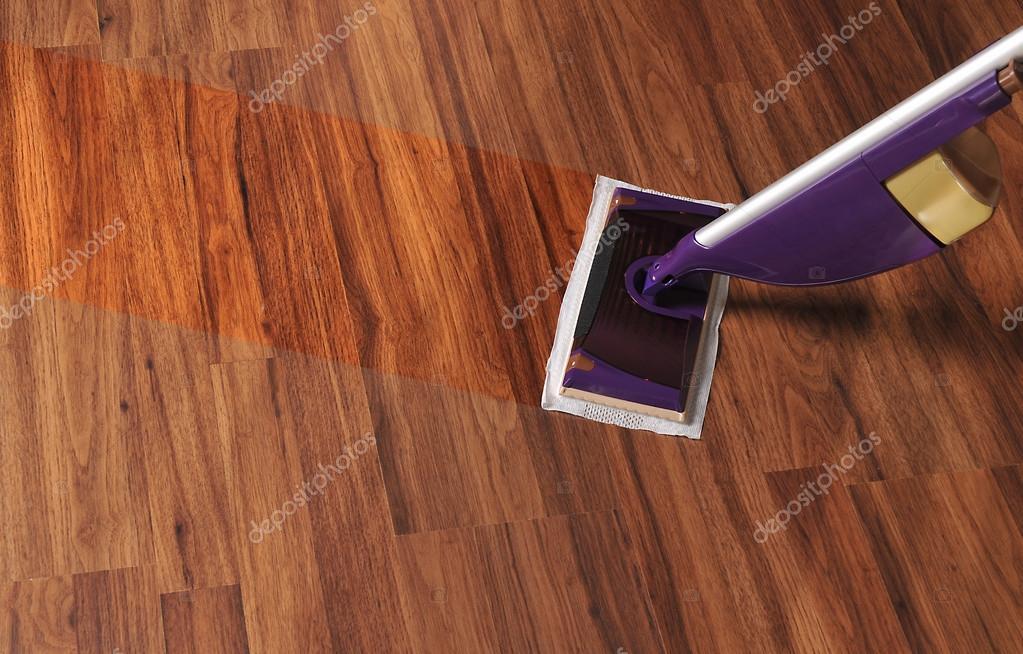 Houten vloer reinigen parket onderhoud service