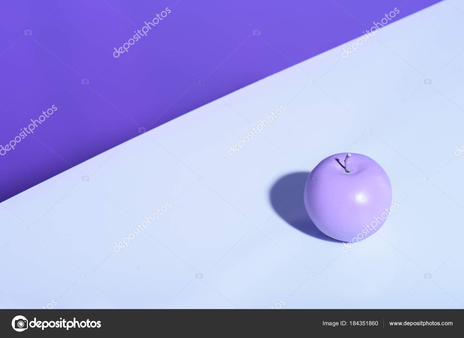 purple apple violet background copy space — stock photo