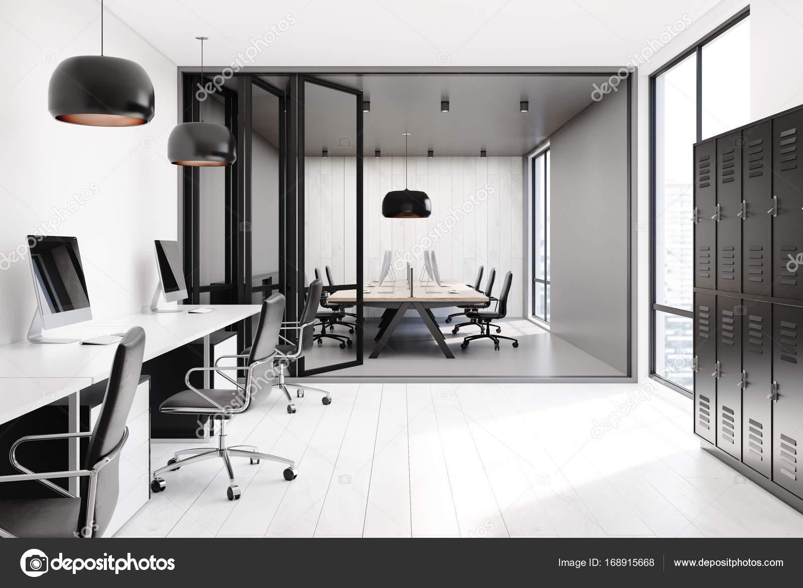 Ufficio Open Space Armadietti Pareti Bianche Foto Stock