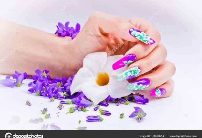 Fotos E Uñas Decoradas Uñas Decoradas Con Arreglos Florales Para