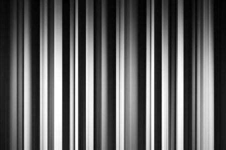 https://i2.wp.com/st3.depositphotos.com/3730575/16711/i/450/depositphotos_167115412-stockafbeelding-verticale-zwart-wit-gordijnen-achtergrond.jpg?resize=450,300