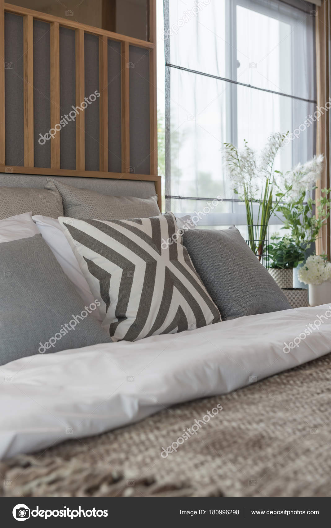 Contemporary Style Bedroom Design Brown Color Tone Interior
