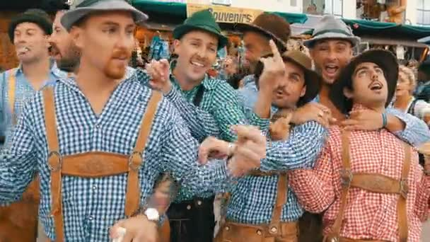 September 17  2017   Oktoberfest  Munich  Germany  Merry company of     September 17  2017   Oktoberfest  Munich  Germany  Merry company of young  people