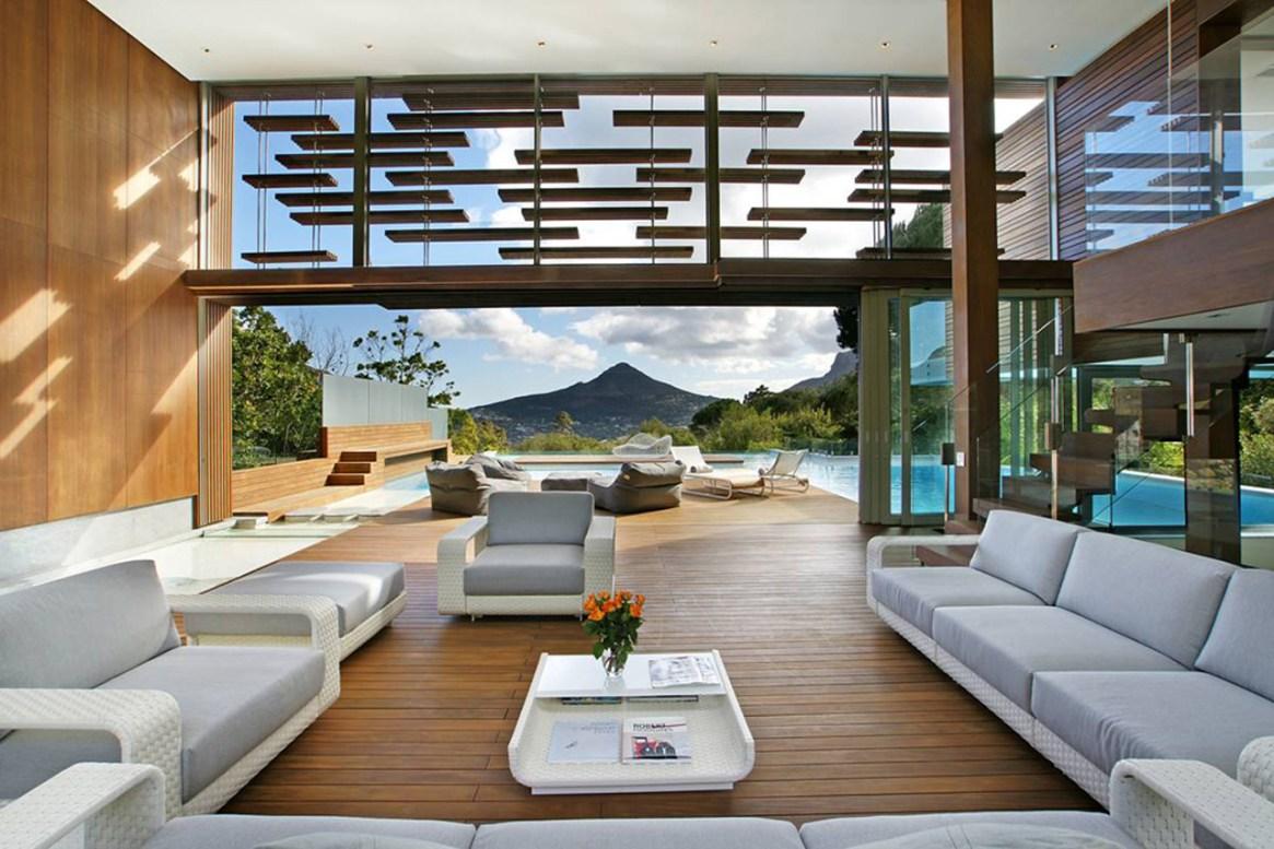 Luxury Retreats