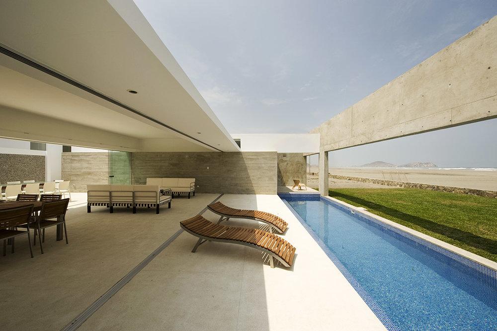 03 House - terraza