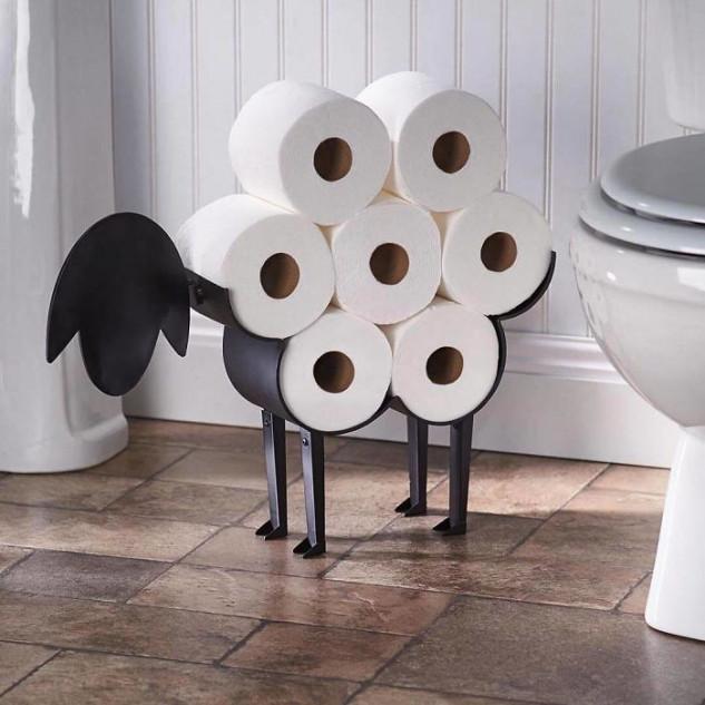Un camello de rollos de papel higiénico  / Topdezigners