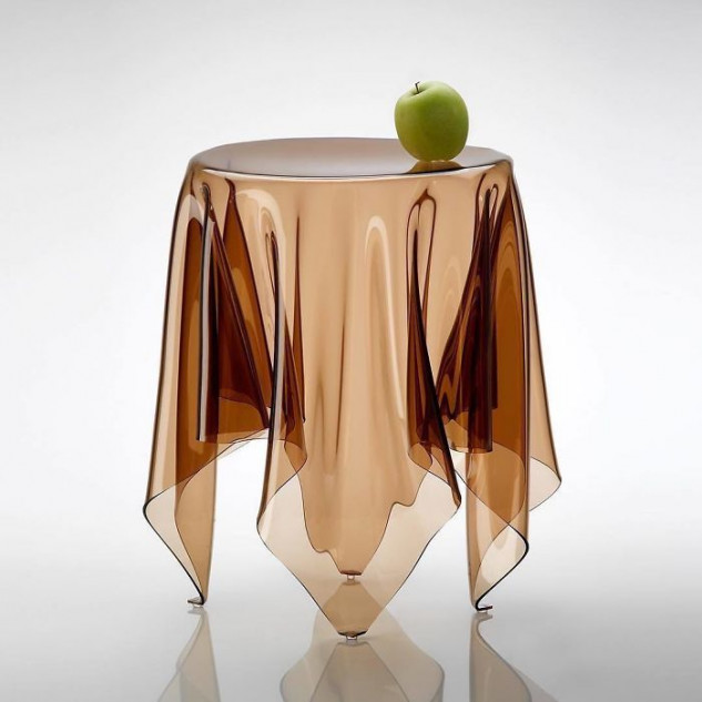 Una mesa muy peculiar / Topdezigners
