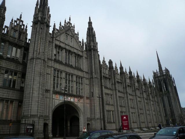 Marischal College en Aberdeen (Escocia)