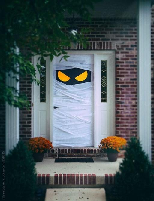 À porta de casa