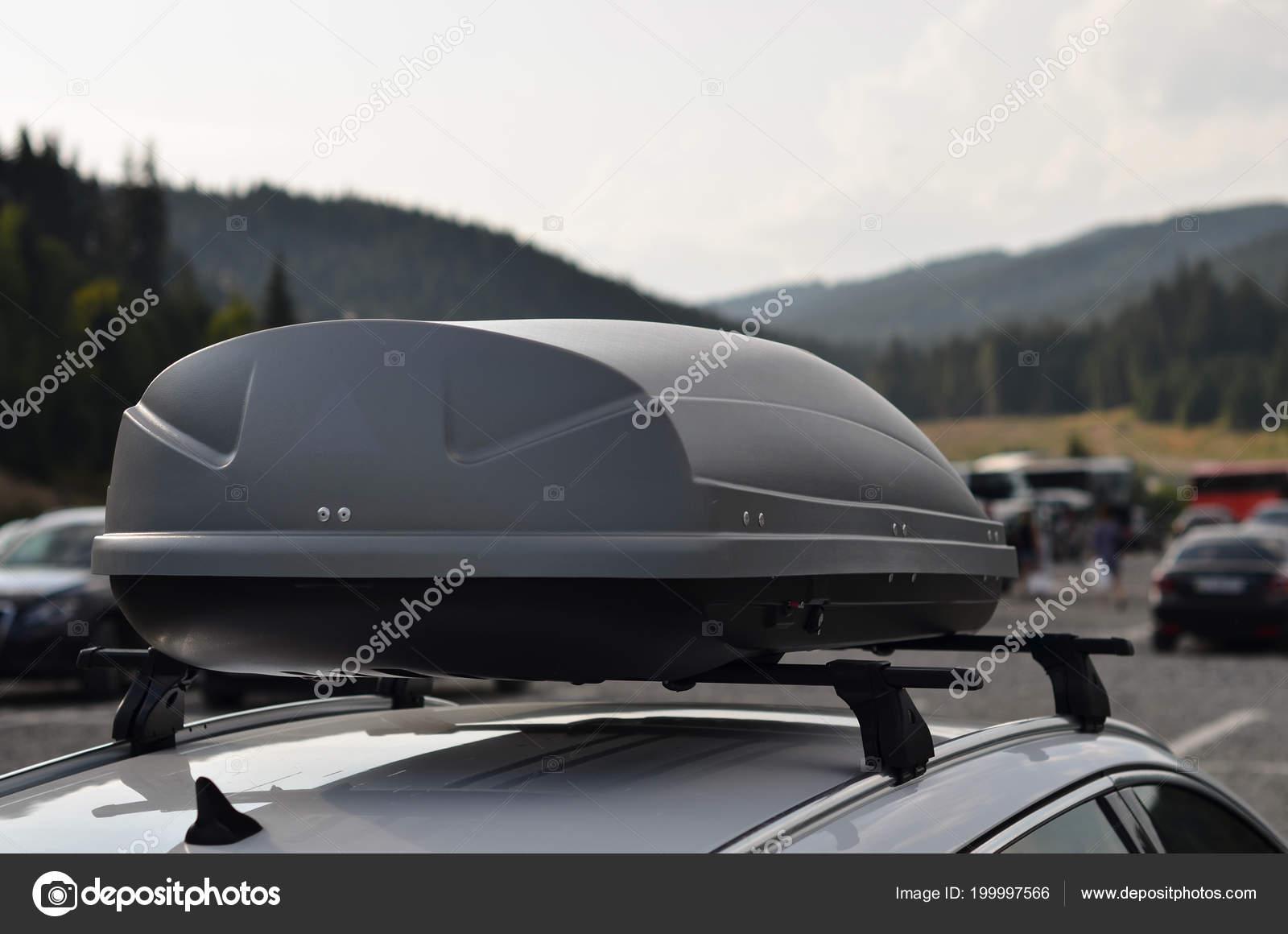 https depositphotos com 199997566 stock photo car roof rack cargo box html