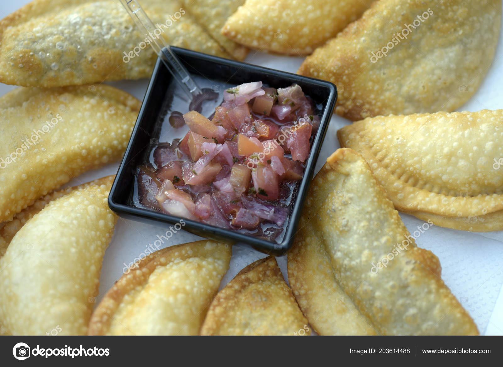 https depositphotos com 203614488 stock photo bar food portion pastel pot html